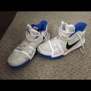 Nike Kyrie 3 BROTHERHOOD Basketball Sneakers